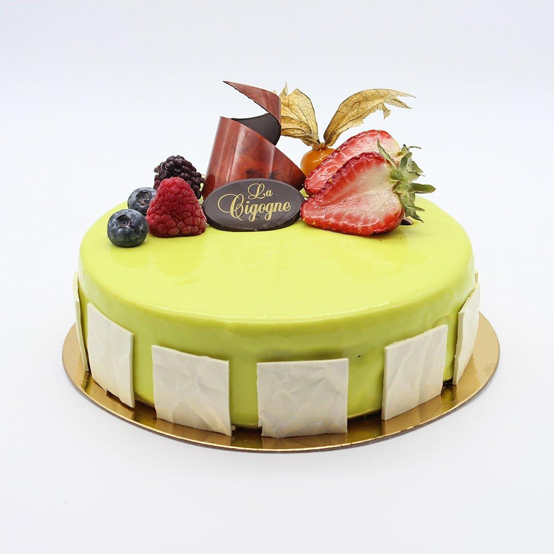 Patisserie La Cigogne Mikado Cake