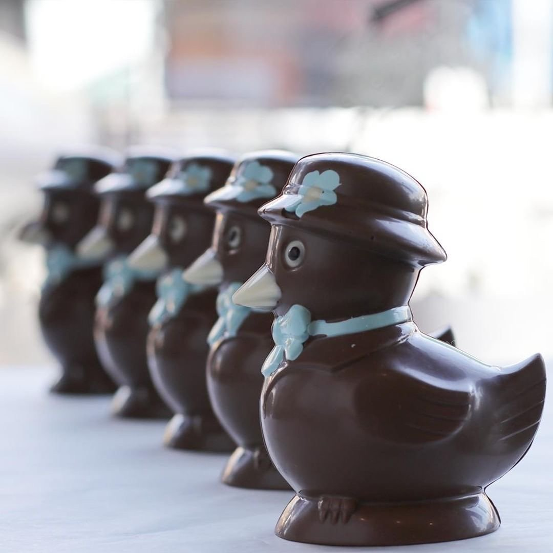Patisserie La Cigogne 5 Chocolate Ducks