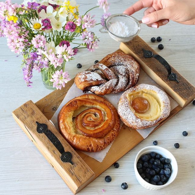 Start Your Week With Some Fresh Delicious Pastries! You Can Pickup In Store Or Order Online To Be Delivered Right At Your Doorstep! 😋🥐☕️